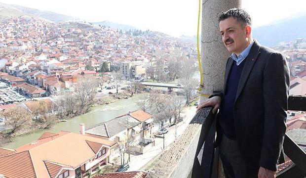 Bakan Pakdemirli, Kuzey Makedonya'daki Köprülü şehrini ziyaret etti