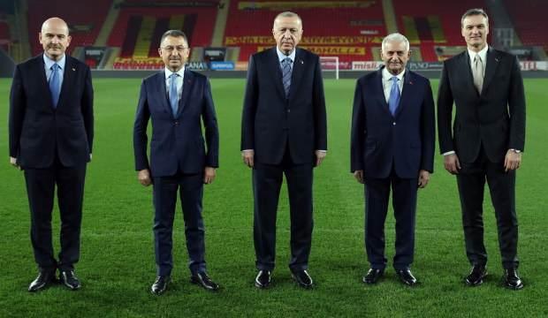 Erdoğan, Göztepe Gürsel Aksel Stadı'nı inceledi!
