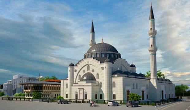 Fransa'da inşası devam eden Eyüp Sultan Camisi'ne saldırı