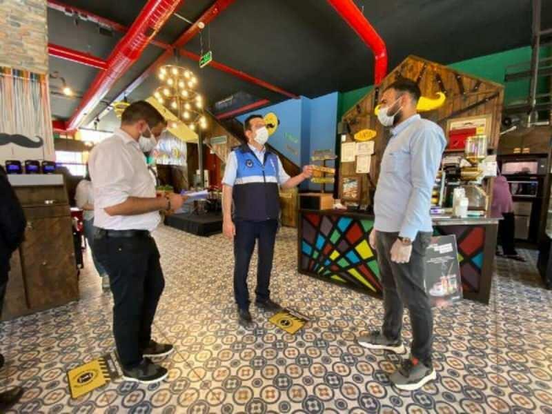 1 Mart itibariyle cafe ve restoranlar da kontrollü bir şekilde hizmet vermeye başlayacak.