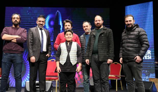 Radyo7 spikeri Erkan Koç'a 'Yılın En İyi Radyo Konuk Programı' ödülü
