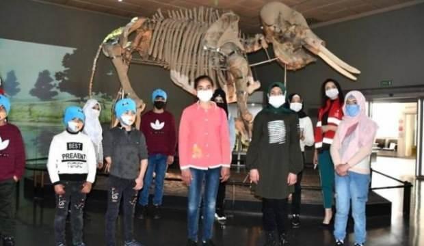 Suriyeli yetimler Arkeoloji Müzesini gezdi