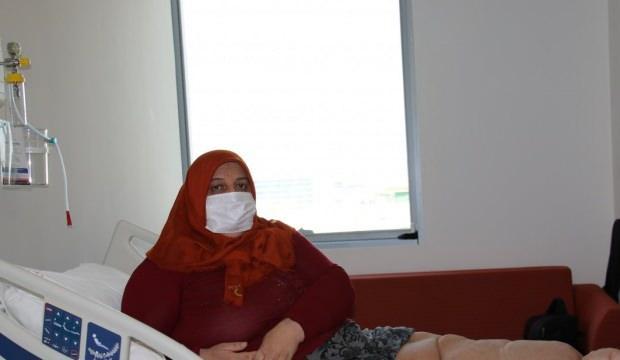 Bursa'daki fil hastası kadın, gördüğü tedavi sonrası artık yürüyebiliyor