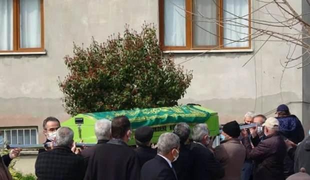 Kimsesizler mezarlığına defnedilecekti, öğrencileri sahip çıktı