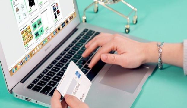 Kredi kartlarını yok edecek milyar dolarlık plan adım adım işliyor
