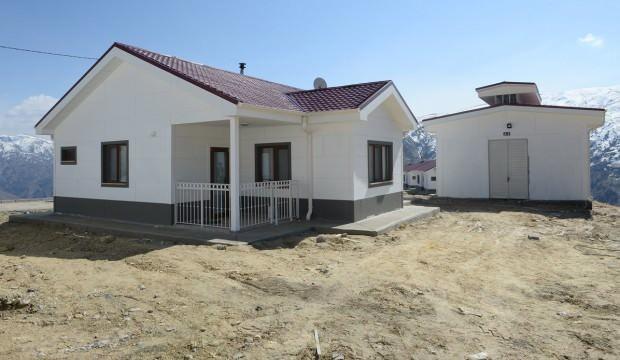 Malatya'da depremzedelere villa konforunda köy evi