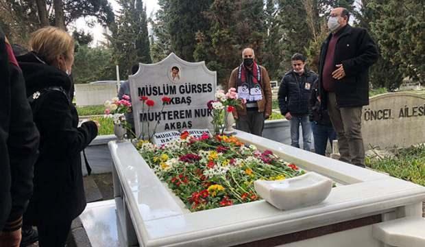 Müslüm Gürses mezarı başında anıldı!