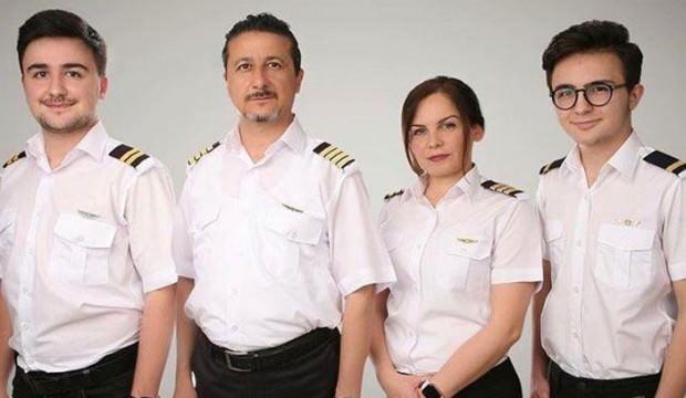 Bu ailede herkes pilot! Anne, baba ve çocuklar...