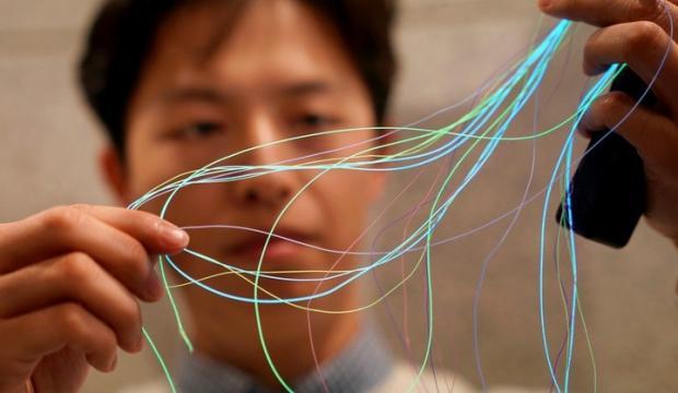 Çinli araştırmacılar giyilebilir geniş kumaş ekran geliştirdi