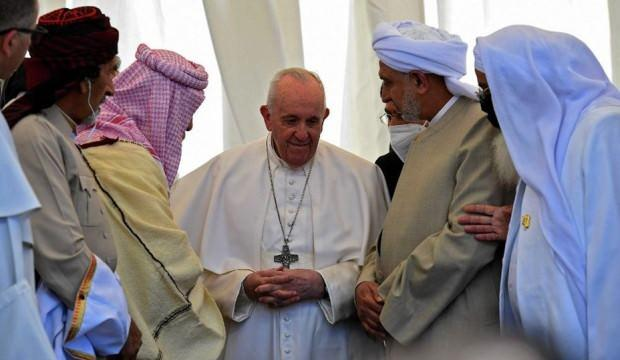 Yeniden Refah Partisi'nden Papa'nın ziyaretine dikkat çeken yorum!