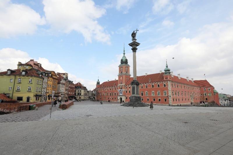 Polonya'da 3'üncü kez ulusal karantina ilan edildi