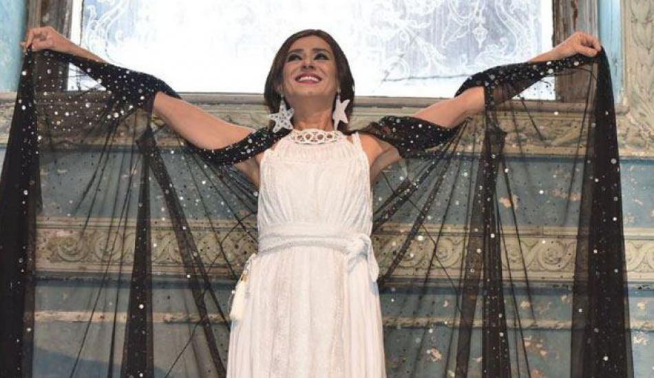 Şarkıcı Yıldız Tilbe sosyal medyayı salladı! Yıldız Tilbe'nin gençlik fotoğrafı...