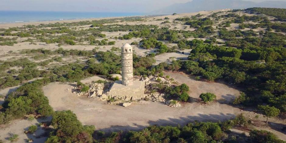 2 bin yıllık deniz feneri orijinal taşlarla ayağa kaldırılıyor