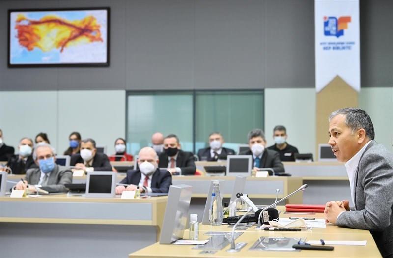 İstanbul Valiliği ve üniversiteler arasında Afet Farkındalık Eğitim İş Birliği Protokolü imzalandı