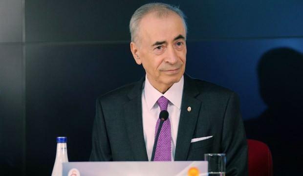 Galatasaray'da kritik toplantı başladı!