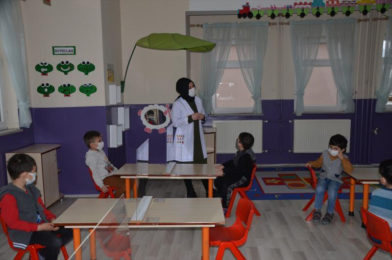 Öğretmen - Öğrenci