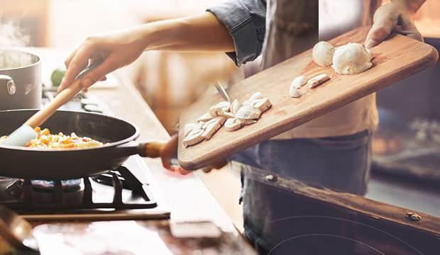 Rüyada yemek yaptığını görmek ne anlama gelir? Rüyada yemek yapıp dağıtmak...