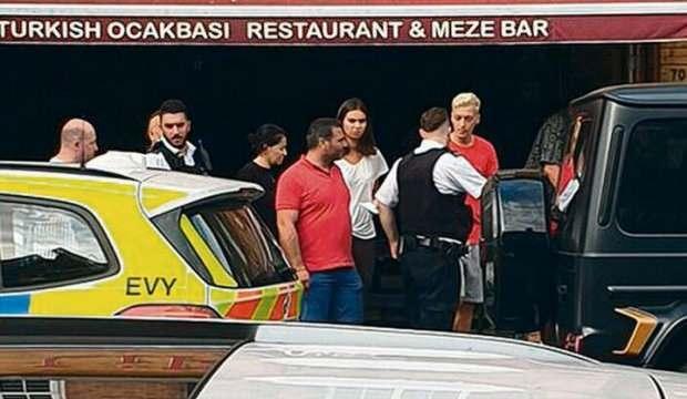 Mesut Özil'e saldıranların cezası belli oldu