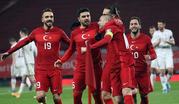 FIFA dünya sıralamasında Türkiye üç basamak yükseldi
