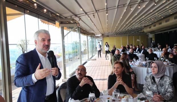 AK Parti İstanbul İl Başkanı Kabaktepe'den İstanbullulara tiyatro çağrısı