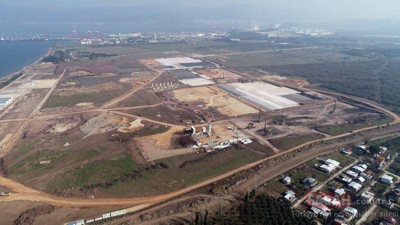 Dünyanın doğuştan yerli ilk otomobili olacak, Türkiye'nin yerli ve milli imkanlarla geliştirilen TOGG yerli otomobil fabrikası inşaatında çalışmalar tüm hızıyla sürüyor