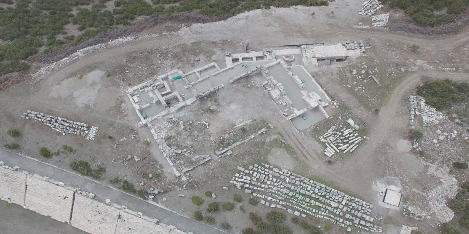 Burdur'un 'Gladyatörler şehri'nde 30 mezar bulundu