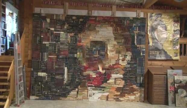 İspanyol sanatçı 2.400 kitapla Van Gogh'un portresini oluşturdu