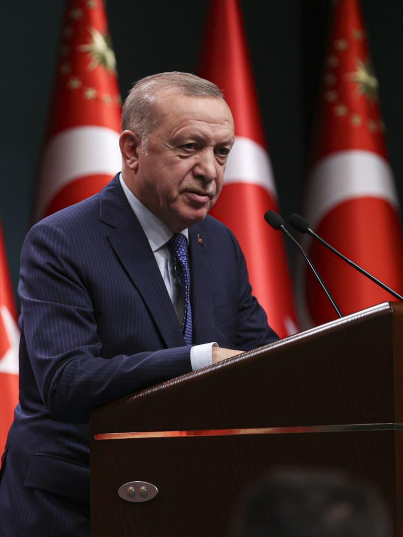 Türkiye Cumhurbaşkanı Recep Tayyip Erdoğan, Cumhurbaşkanlığı Külliyesi'ndeki değerlendirme toplantısının ardından açıklama yaptı.