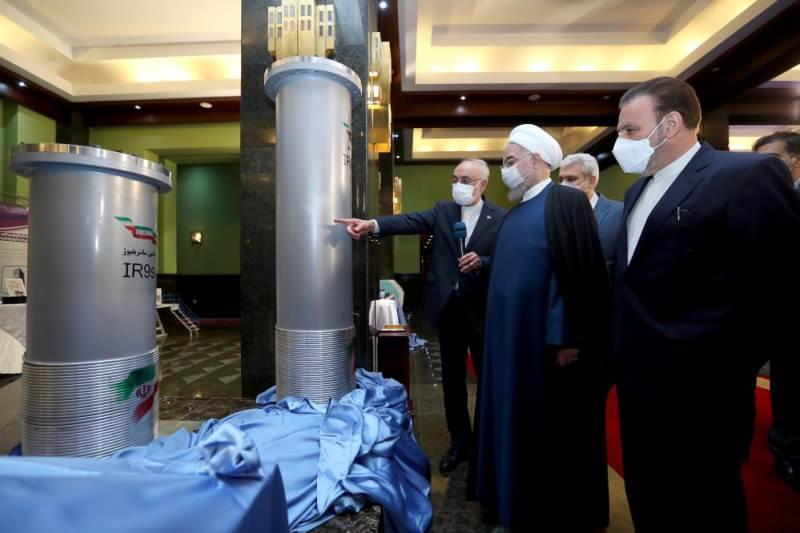 İran Cumhurbaşkanı Hasan Ruhani, 10 kat daha fazla uranyum üretebilen 146 adet IR6 santrifüjlerinin Natanz nükleer tesislerinde üretimine başlanması için talimat verdiğini açıklamıştı.