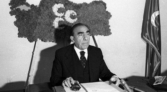 MHP Genel Başkanı Alparslan Türkeş.