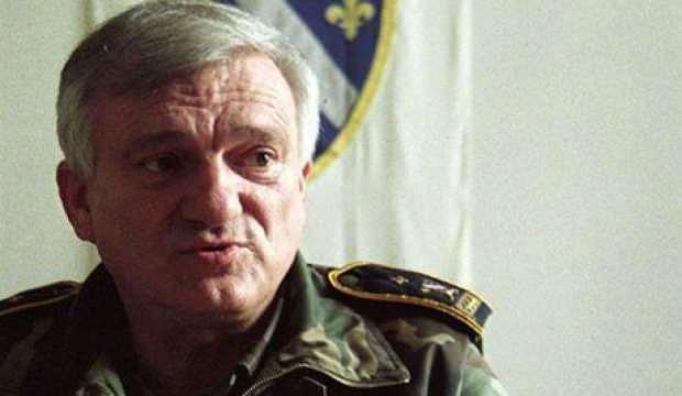 Eski Bosna Hersek Ordusu generali Jovan Divjak hayatını kaybetti