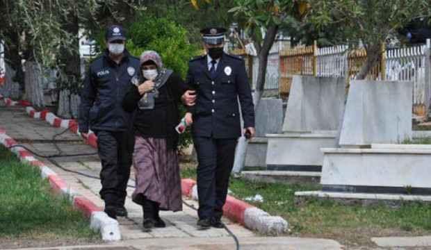 Kısıtlama nedeniyle gidemediği şehit oğlunun mezarına polisler götürdü
