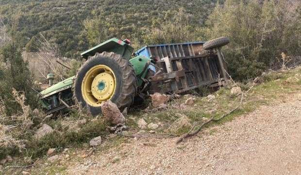 Bolu'da devrilen traktörün altında kalan sürücü hayatını kaybetti