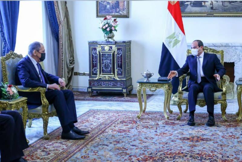 Sisi-Lavrov görüşmesinden bir kare
