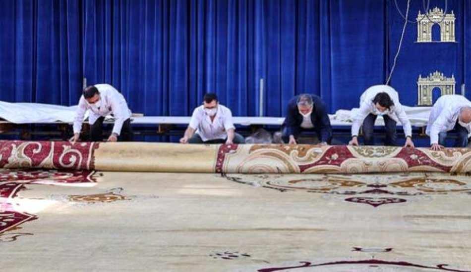 Milli Saraylar'ın en büyük halısının restorasyonu sona erdi