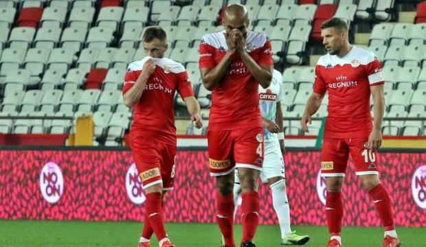 Antalyaspor'da 6 önemli eksik var!