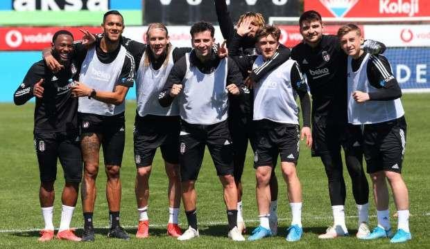 Beşiktaş'ta Josef dönüyor!
