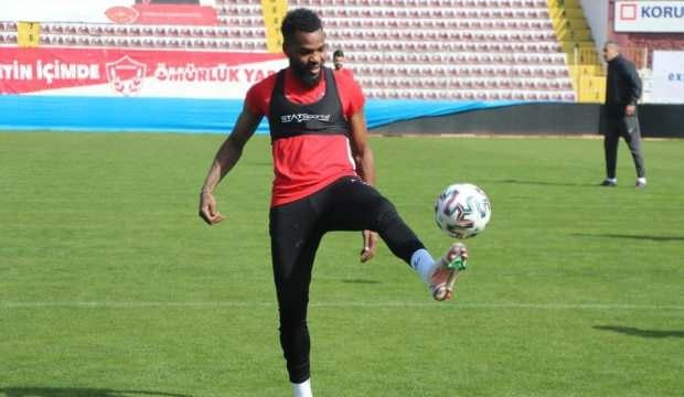 Boupendza Trabzonspor'a bileniyor!