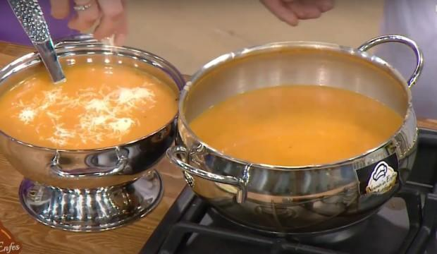 Közlenmiş domates çorbası nasıl yapılır? Sütlü domates çorbası tarifi...
