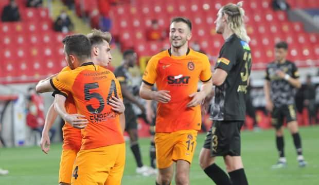 Galatasaray bu sezon bir ilki başardı!