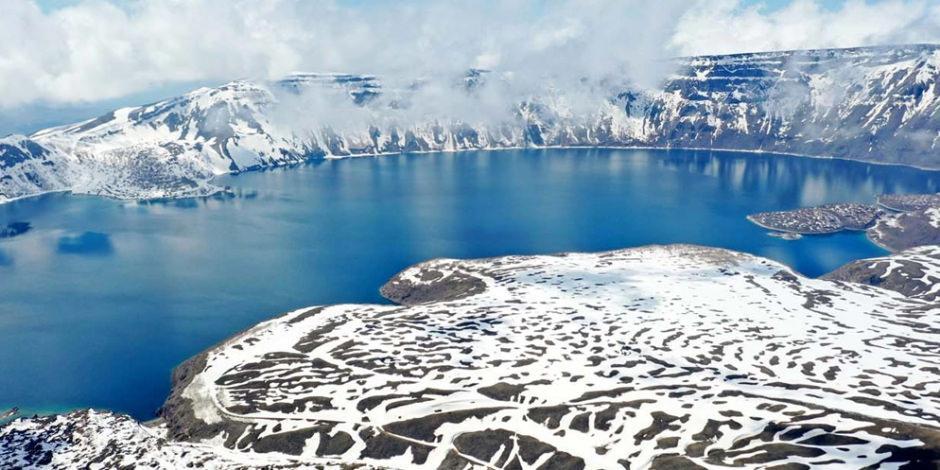 Her mevsim farklı güzel: Nemrut Krater Gölü