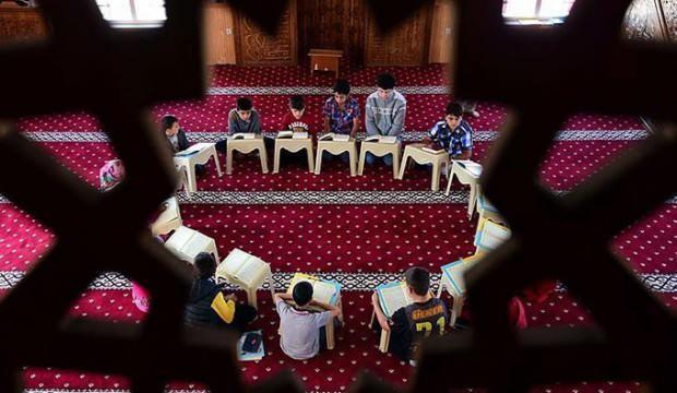 KKTC'de Kur'an kursları kapatıldı