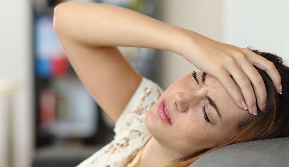 Oruçluyken artan baş ağrısı için ne yapılmalı? Baş ağrısını önleyen besinler nelerdir?