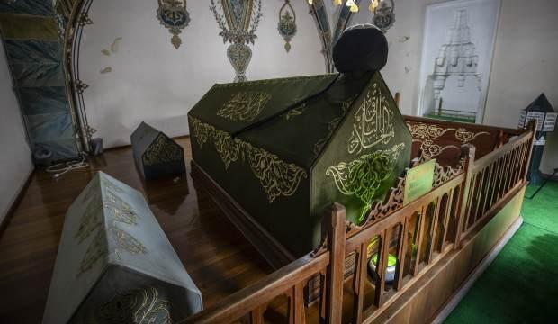 Hacı Bayram-ı Veli türbesi ziyarete kapandı