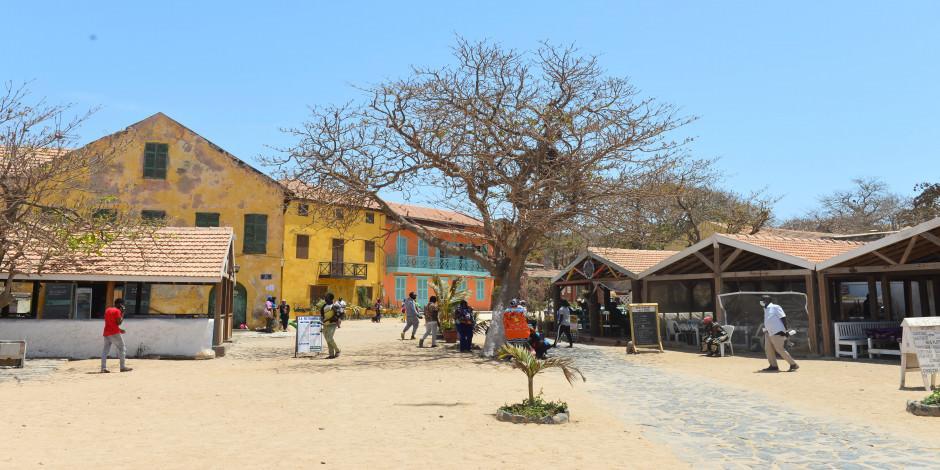 Afrika'da 2 asırlık köleliğin izlerini taşıyan ada