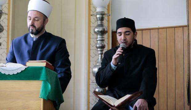 Faslı hafız ramazanda kulakların pasını siliyor