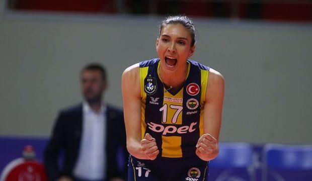Fenerbahçe, Naz Aydemir'le sözleşme yeniledi
