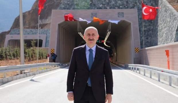 Kürtün ayrım kavşağı Bakan Karaismailoğlu katılımıyla açıldı!