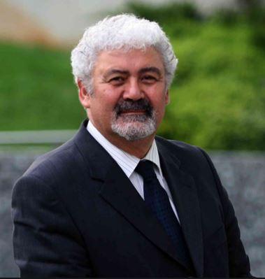 Kıbrıs İlim Üniversitesi Dekanı Prof. Dr. Ata Atun