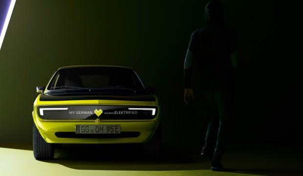 Opel Manta, elektrikli motor ile geldi